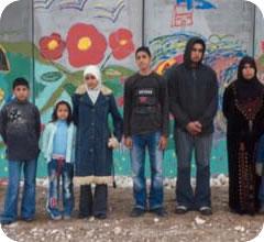 La familia palestina protagonista del Color de los Olivos